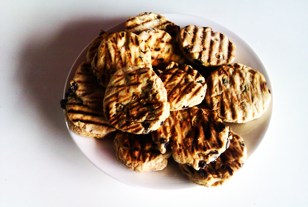 Welsh Cakes; picau ar y maen, pice bach, cacen gri or even teisen radell!